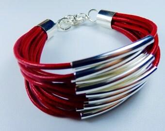 Aspen Leather Bracelet - Lipstick Red