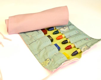 Crayonroll for girls, Lovely birds, colors pink and blue/turquoise, for 14 beeswaxblocks and 12 beeswax pins