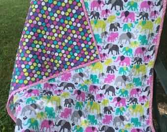Baby Quilt / Elephants & Polka dot