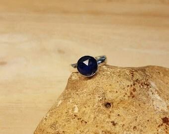 Sterling Silver Blue Sapphire ring. Reiki jewelry uk. September birthstone. 45th anniversary gemstone. Adjustable ring. 8mm gemstone
