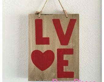 Love wood sign, love sign, rustic decor, wedding decor, Valentine's Day gift, country wedding, wood love sign, wooden love sign, heart sign
