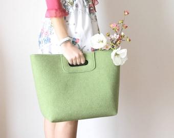 FREE SHIPPING - New Handbag with purse, Wool Felt Bag, Summer Tote Bag, Market Bag, Everyday Bag, Roomy bag, Shopping bag, Green Bag