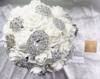 Large wedding bouquet, ivory, Bespoke bridal bouquet, crystal, brooch, brooch bouquet, great price, ivory, traditional, bride, white wedding