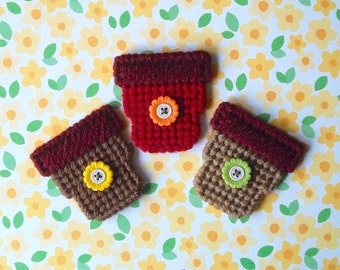 "Plastic Canvas: Mini Flower Pot Magnets -- ""Blooms"" (set of 3)"