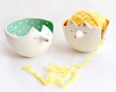 Fox Yarn Bowl, Knitting Bowl. Decorated in Green with White Polka Dots. Ready To Ship