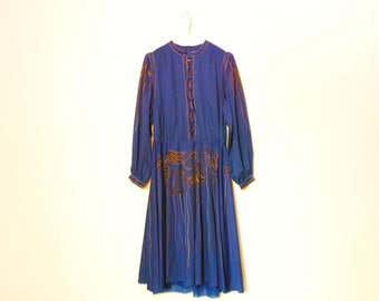Long Sleeve Dress, Blue Vintage Dress With Buttons And Ornaments And Lining, Ornamental Dress