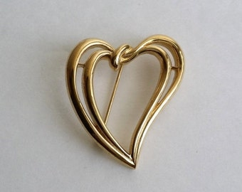 Clearance Vintage TRIFARI TM Gold Tone Double Heart Pin Brooch.