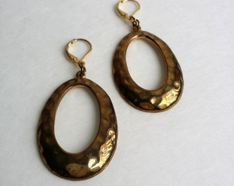 Amazing Vintage Gold Tone Lever Back Hammered Dangle Earrings.  NEW! Old Stock