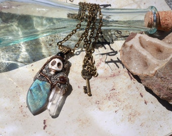 Magical crystals of the captain - Labradorite, rock crystal and Garnet beads.
