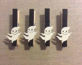 Halloween ghost clothespins- Set of 4