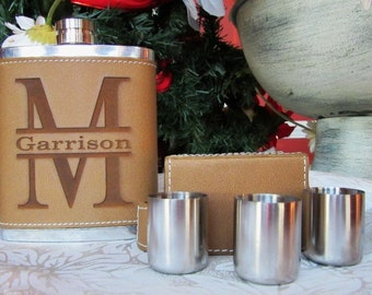 Groomsmen Gift Flask, Set of 5 Groomsman Flask, Best Man Flask, Father of Bride Gift, Father of Groom Gift, Officiant Gift, Bridesman Gift