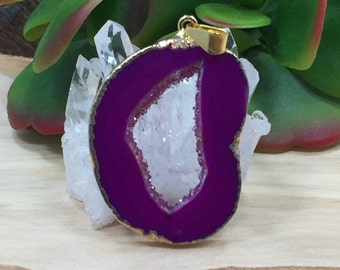 Agate Slice, Geode Slice, Agate Pendant, Geode Pendant, Pink Pendant, Natural Pendant, Dyed, Gold Plated, PG2609C