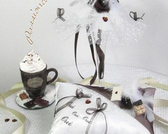 Cushion alliances and bouquet bridesmaid theme chocolate delicacies