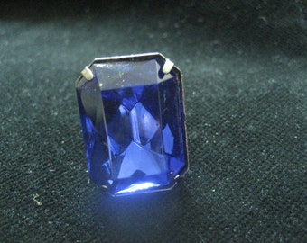 Blue Jewelled Ring