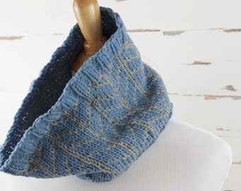 chevron cowl // hand-knit neckwarmer // blue and gray colors