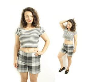 Plaid shorts, Womens shorts ,Grey shorts, Checkered shorts, High waisted shorts, Vintage shorts, Wide leg shorts, High waist shorts / Medium