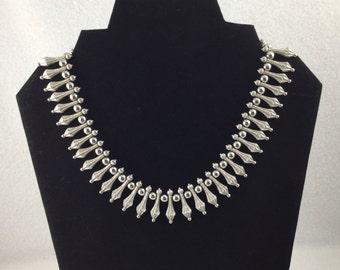 Vintage 1950s Crown Trifari Silver Tone Choker Necklace