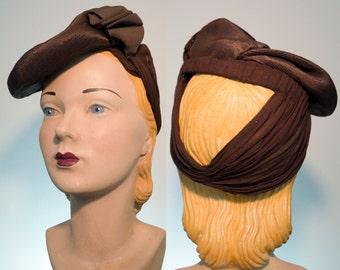 SALE 1940's Vintage Hat - Tilt Straw with Snood Back