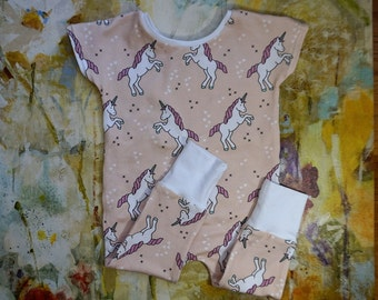 Unicorn baby romper, baby girl romper, hipster baby jumpsuit, baby girl leggings, one piece baby clothes, baby fashion, pink unicorns