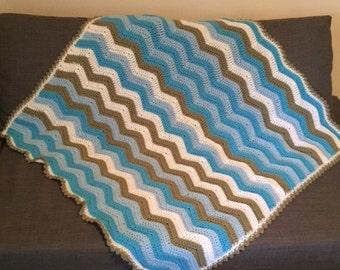 Blue/Tan/White Ripple Blanket
