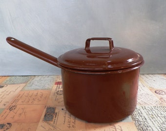 1950s Judge Enamel Saucepan - Brown enamel lidded saucepan kitchenalia