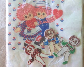 Raggedy ann and andy party napkins/ doll napkins/ 1970s raggedy ann napkins/ vintage napkins/ vintage party supplies/ new vintage in package