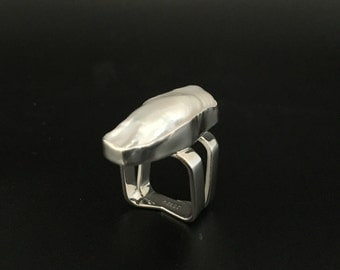 Large Freeform Mabe Pearl Ring // 925 Sterling Silver // Creamy White Color // Size 8