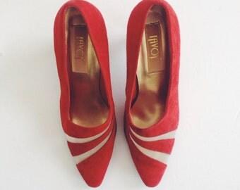 Suede vintage redddd shoes with a normal heel!So 90s