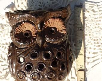 Vintage style ceramic owl candle holder
