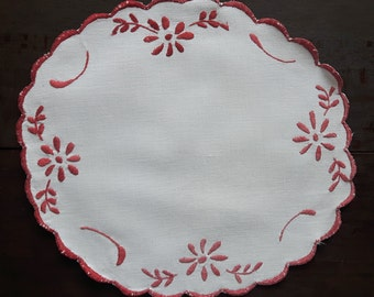 Off white vintage embroidered doily