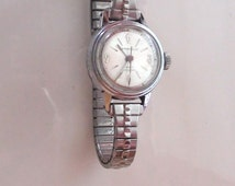"""Vintage Caravelle Wind Up Water Resistant Ladies Watch  Mechanical  Working  wrist max 7""""  On SaLe Now"""