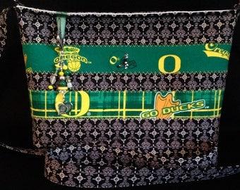 Small cloth purse, Oregon Ducks
