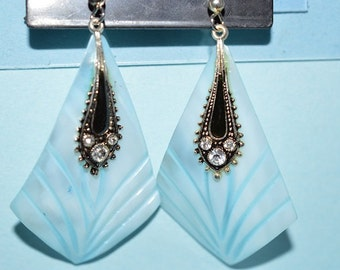 Beautiful Vintage Soft Blue Mother of Pearl Earrings (1017126)