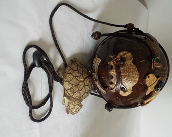 Vintage Hand bag/Purse/ Wallet COCONUT HANDBAG  with lighter cocnut designs of fish and crabs ...zipped and fully lined