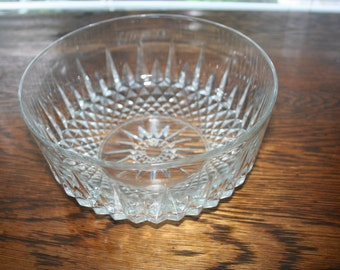 Clear Aroroc Serving Bowl,  Diamant Starburst Design Bowl , Beautiful Glass Bowl, Serving Bowl