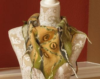 Felted Wool Neck Warmer, Triangular Wool Scarf, Wool Scarf, Wool Collar