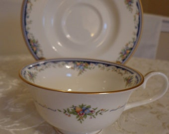 Mikasa Fine Bone China Tea Cup and Saucer, Japan, Gold Gilded Navy Blue Tea Cup
