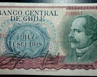 Vintage Lightly Circulated Banco Central De Chile Diez Escudos Banknote Currency