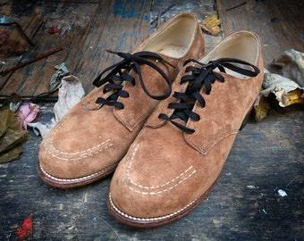 Vintage Suede Shoes // Tan Caramel Womens Lace Up Shoes Size 6