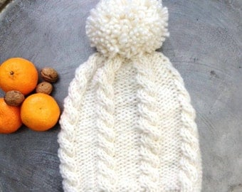 warm handknitted cap with or without pompom