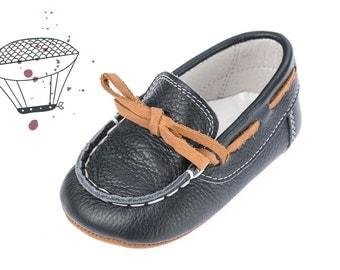 Baby boy moccasins Baby moccasins Crib boy shoes Leather baby shoes Baby boy shoes Unique baby shoes Boy NAVY shoes 1 2 3 4 US EU 17066075M