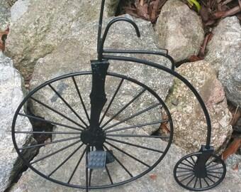 Vintage Bicycle - Black Metal