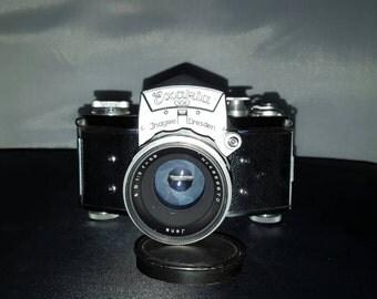 Exakta VX Ihagee Dresden 35mm Camera, Jena Lens made in Germany.