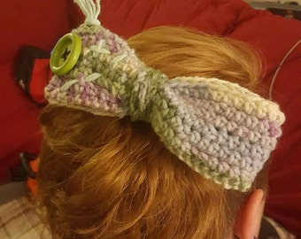 Zombie bow with mint green hair