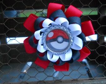 Pokemon pokeball hair bow, Pokemon bow, pokeball bow, Pokemon, pikachu, Pokemon go, anime, anime bow, pokeball clip, Pokemon hair clip