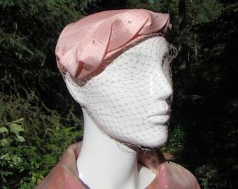 1950s Pink Linen Fascinator