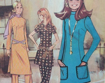 CLEARANCE!!  McCall's 2629 Post G misses top in three lengths and pants size 14 bust 36 waist 27 vintage 1970's sewing pattern