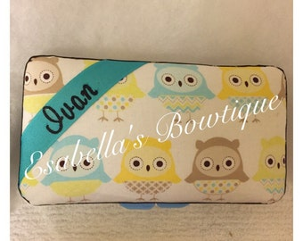 owl baby wipe case; wipe case;wipe container;travel wipe case