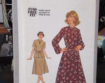 Simplicity 8666 Misses Dress Size 22.5