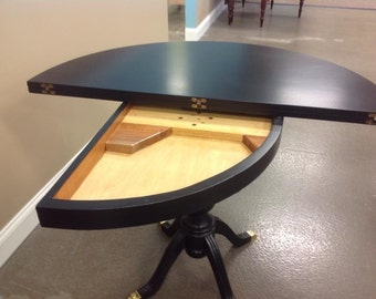 Demi-Lune Game Table